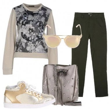 Outfit Cargo e fiori