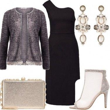 Outfit Asimmetrie da sera