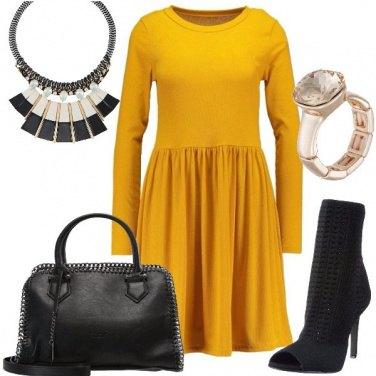 Outfit Spendo poco vesto glam