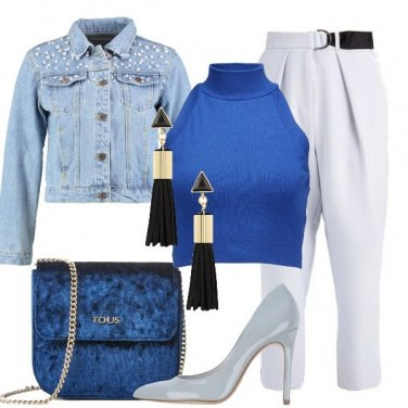 Outfit Il top crop bluette