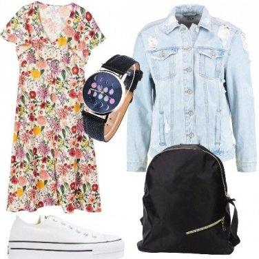 Outfit Vestitino a fiori