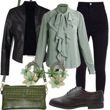 Outfit Tonalità di verde