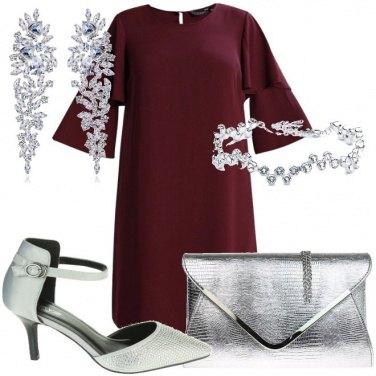 Outfit Un abito burgundy