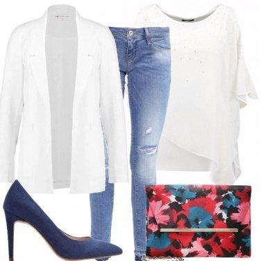 Outfit Bianco e fantasia