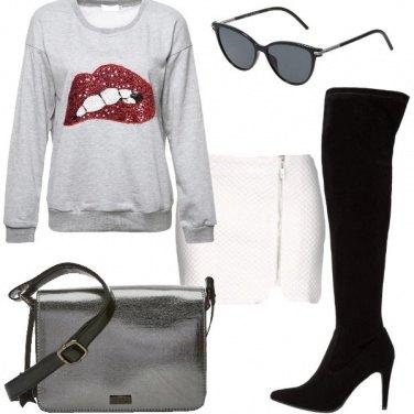 Outfit Stivali e minigonna