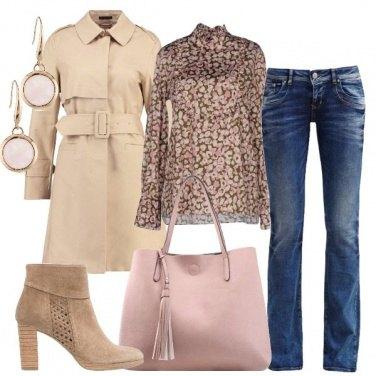 Outfit Ispirazioni in beige e rosa