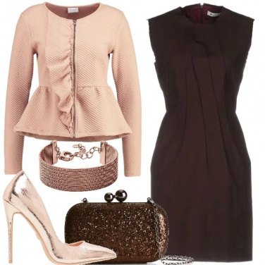 Outfit Tubino e décolleté