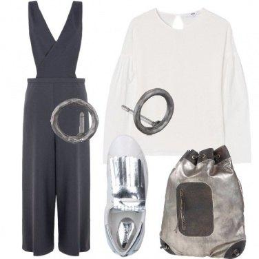 Outfit Una salopette in crêpe