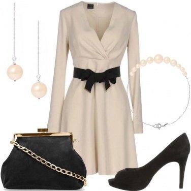 Outfit Perle e abito con fiocco