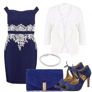 Outfit Bellissima in blu e bianco