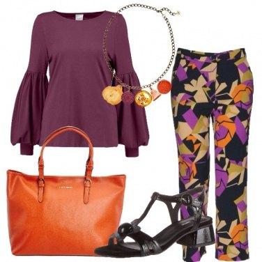 Outfit Viola e arancio