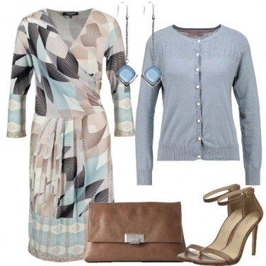 Outfit Azzurri e neutri