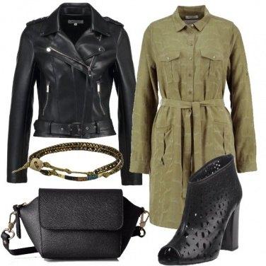 Outfit In verde e nero