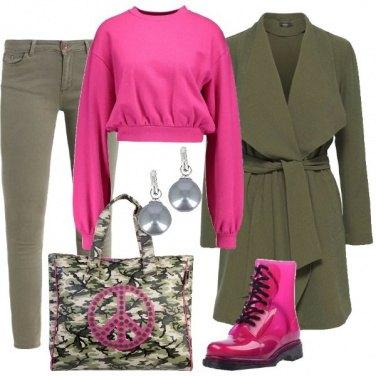 Outfit Militare e fucsia