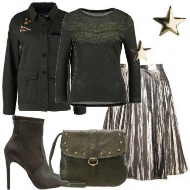 Outfit Verde militare e dorato