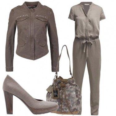 Outfit Semplice e discreto