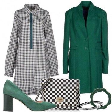 Outfit Scacchi e verde