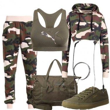 Outfit Allenamento mimetizzato