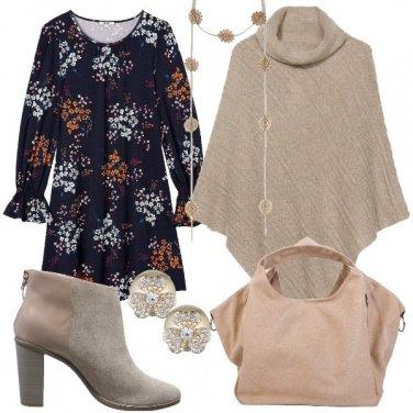 Outfit La mantella e il vestito