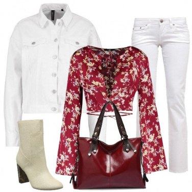 Outfit Fiori e bianco