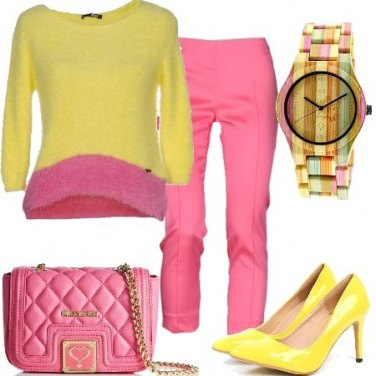 Outfit In giallo e rosa