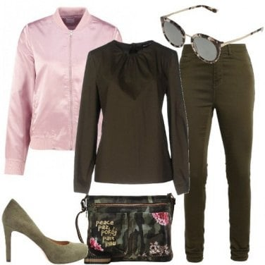 Outfit Contrasti militari