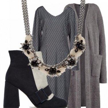 Outfit Grey&black per curvy!
