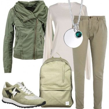 Outfit Verde casual