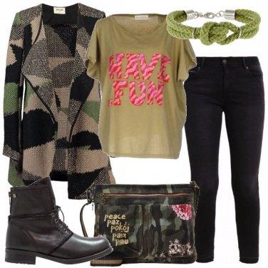Outfit La borsa militare