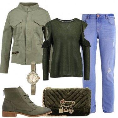Outfit Verde in città