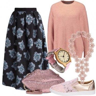Outfit Eccentrica in rosa