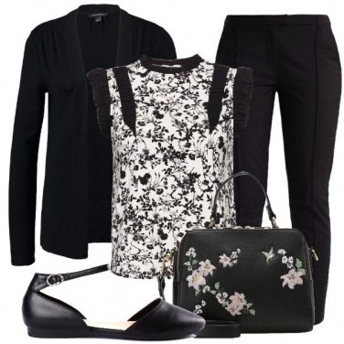 Outfit Nero floreale