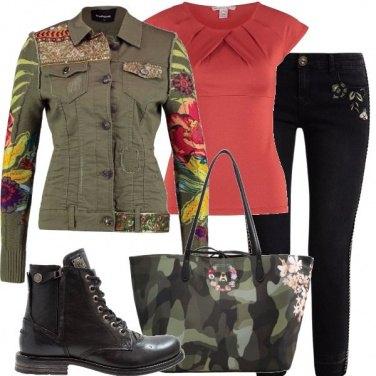 Outfit Militare romantico