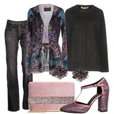 Outfit Grigio e rosa