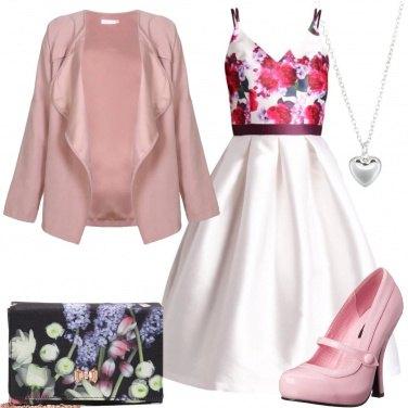 Outfit Un po\' di fiori e un po\' di rosa