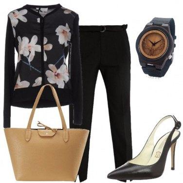 Outfit Fiori in nero