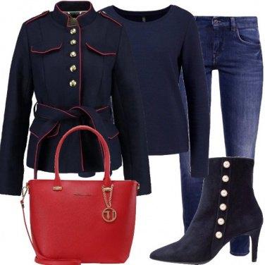 Outfit Blu militare