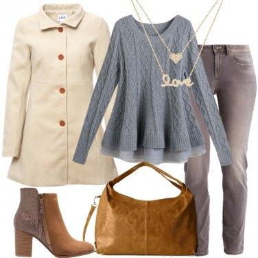 Outfit Il cappotto corto beige