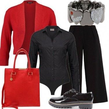 Outfit Rosso nero e cuori