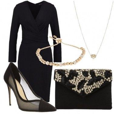 Outfit Tubino e gioielli