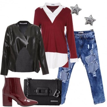 Outfit Jeans cut-out e strappi