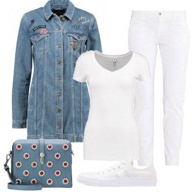 Outfit Fiori sul jeans