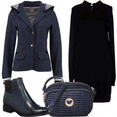 Outfit Tubino nero e blu
