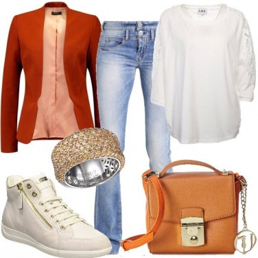 Outfit Brillante e jeans bootcut