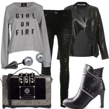 Outfit Rock grigio e nero
