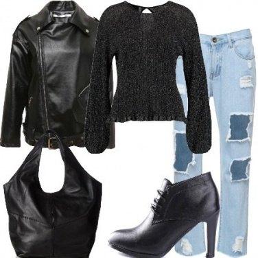 Outfit Strappi e calze a rete
