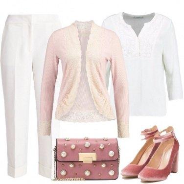 Outfit Ancora un po\' di bianco e rosa