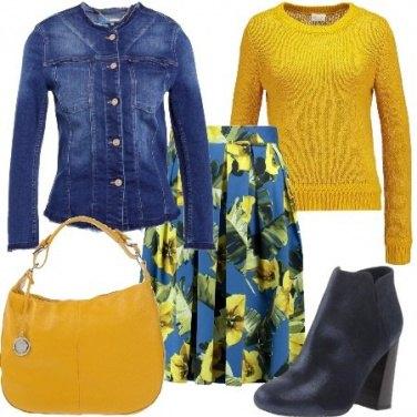 Outfit Denim e fiori