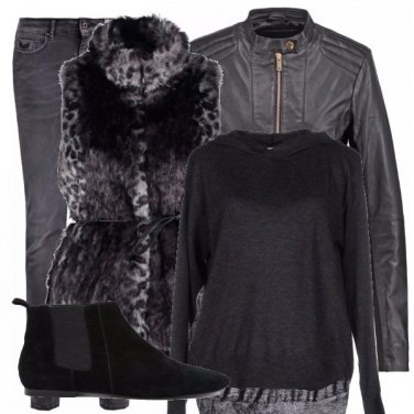 Outfit Ecopelliccia total black!