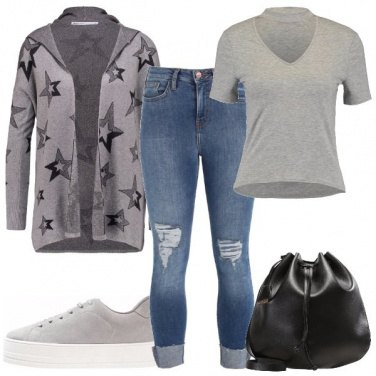 Outfit Cardigan con le stelle